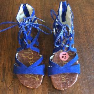 Super stylish blue Sam Edelman sandals for girls